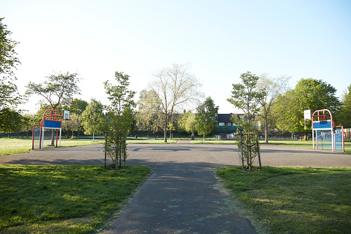 Goal Post「UK, England, London, Empty basketball court inColliers Wood」:スマホ壁紙(0)