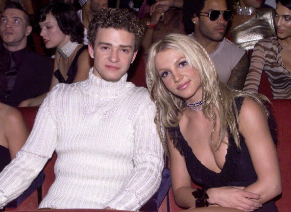 MTV Video Music Awards「Justin Timberlake and Britney Spears at the 2000 MTV Music Video Awards」:写真・画像(6)[壁紙.com]