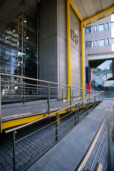 Concrete「Office block with disabled access」:写真・画像(8)[壁紙.com]