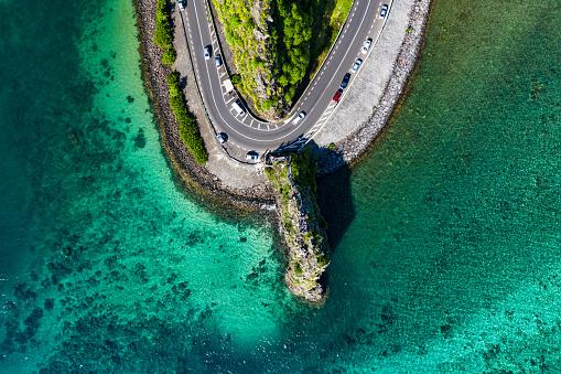 Mauritius「Road passing through a rock in Mauritius island」:スマホ壁紙(14)