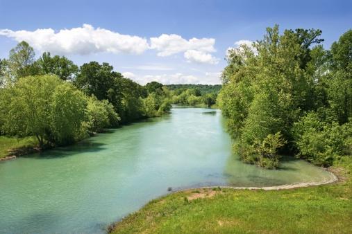 Arkansas「River landscape in the Ozark Mountains」:スマホ壁紙(7)