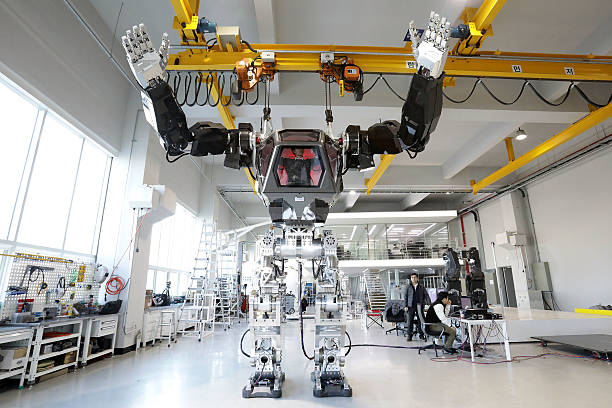 South Korean Robot Company Builds A Manned Walking Robot:ニュース(壁紙.com)