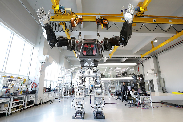 Industry「South Korean Robot Company Builds A Manned Walking Robot」:写真・画像(16)[壁紙.com]