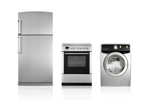 Major Household Appliance「A silver fridge, an oven and dryer lined up side by side」:スマホ壁紙(2)