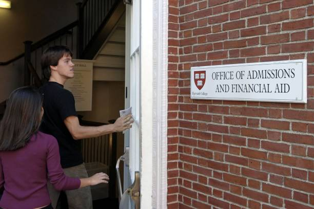 Harvard Ends Early Admission Policy:ニュース(壁紙.com)