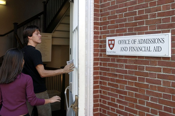 Campus「Harvard Ends Early Admission Policy」:写真・画像(16)[壁紙.com]