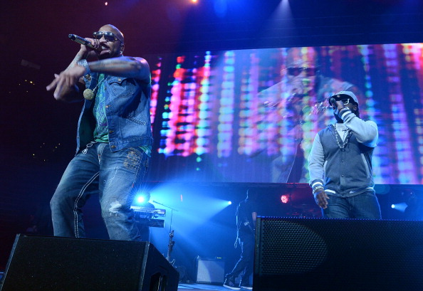 T 「Power 96.1's Jingle Ball 2012 - Show」:写真・画像(4)[壁紙.com]