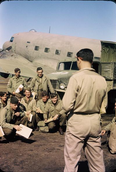 カラー画像「Bomber Crew Briefing」:写真・画像(19)[壁紙.com]