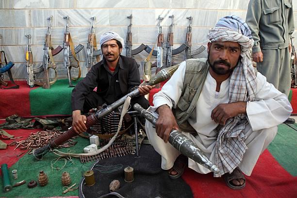 Taliban Fighters Surrender In Herat:ニュース(壁紙.com)