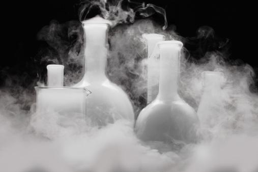 Chemical「Laboratory glassware with Vapor」:スマホ壁紙(14)
