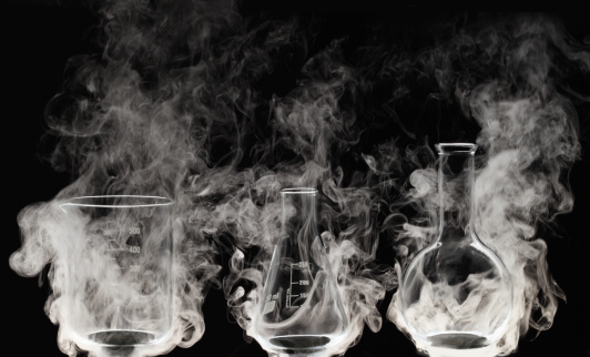 Chemical「Laboratory glassware with Vapor」:スマホ壁紙(3)