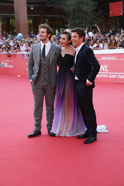 Strapless Dress「'Love, Rosie' Red Carpet - The 9th Rome Film Festival」:写真・画像(17)[壁紙.com]