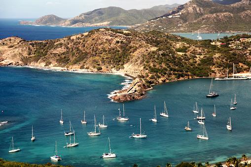 Antigua & Barbuda「Boats in the Caribbean marina」:スマホ壁紙(19)