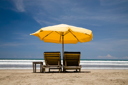 Deck Chair「sun chairs with yellow umbrella」:スマホ壁紙(8)