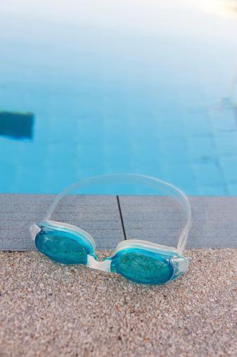 Eyewear「swimming goggles」:スマホ壁紙(11)