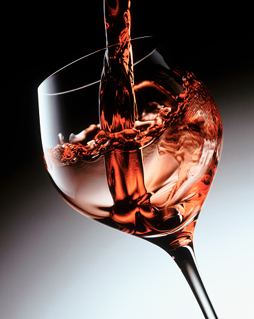 Pouring「Pouring a glass of wine」:スマホ壁紙(15)