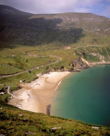 アキル島「Keem Bay at Achill Island in Ireland」:スマホ壁紙(13)