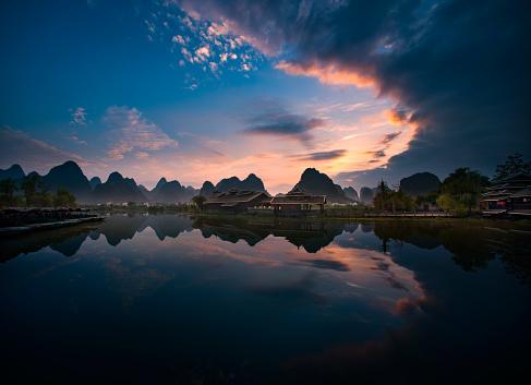 Standing Water「Guilin scene of Guangxi,China」:スマホ壁紙(12)