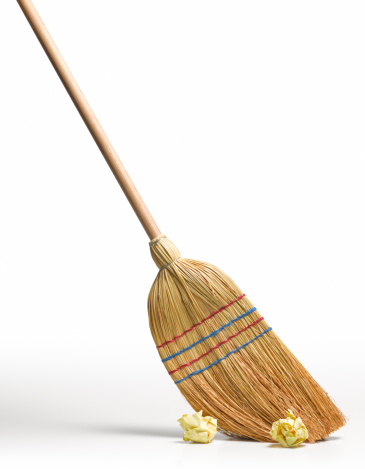 Sweeping「Clean broom sweeps clean」:スマホ壁紙(4)