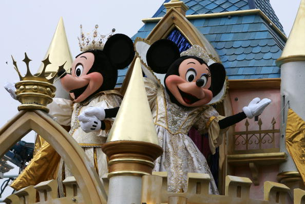 ミニーマウス「Disneyland 50th Anniversary Celebration」:写真・画像(13)[壁紙.com]