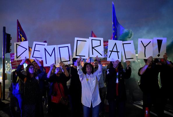 Politics「No. 10 And Parliament Face Off Over Vote To Stop No-Deal Brexit」:写真・画像(18)[壁紙.com]