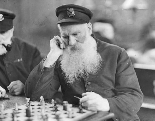 Recreational Pursuit「Chess Player」:写真・画像(2)[壁紙.com]