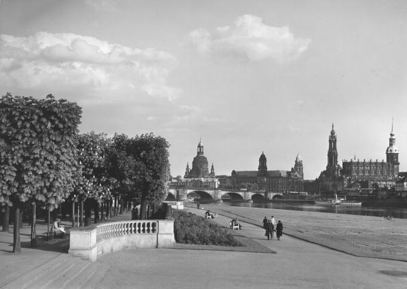 20th Century「Elbe At Dresden」:写真・画像(5)[壁紙.com]
