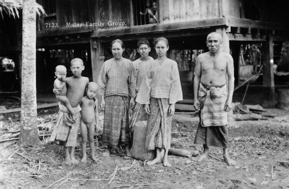 Spencer Arnold Collection「Malay Family」:写真・画像(18)[壁紙.com]