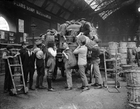 Covent Garden「Porters At Work」:写真・画像(3)[壁紙.com]
