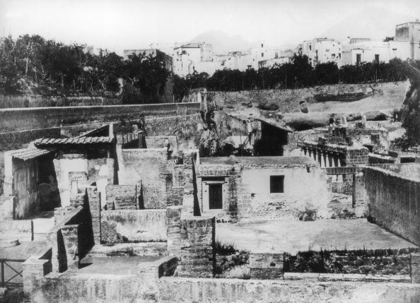 Volcanic Landscape「Herculaneum」:写真・画像(16)[壁紙.com]