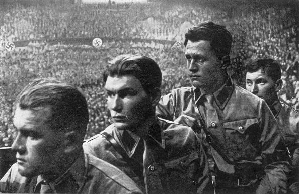 Political Party「Listening To Hitler」:写真・画像(11)[壁紙.com]