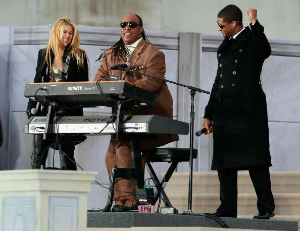 Overcoat「We Are One: The Obama Inaugural Celebration At The Lincoln Memorial」:写真・画像(1)[壁紙.com]