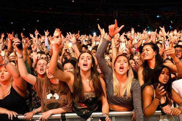 New Zealand「Tens Of Thousands Of New Zealand Music Fans Attend Six60 Saturdays Concert」:写真・画像(18)[壁紙.com]