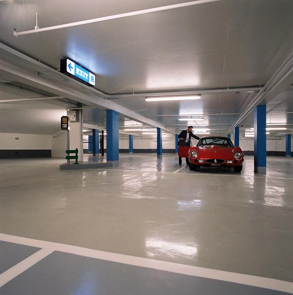 New「Underground car park」:写真・画像(14)[壁紙.com]