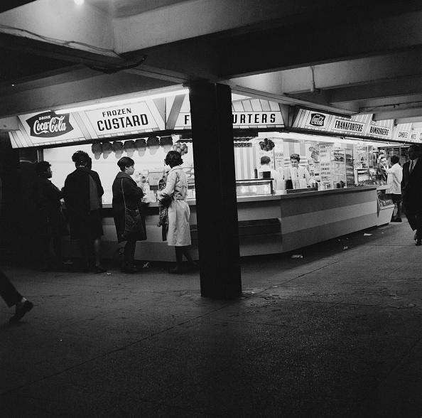 Fast Food「Underground Cafe」:写真・画像(18)[壁紙.com]