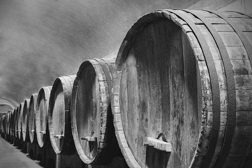 Basement「Underground Wine Cellar with wooden barrels」:スマホ壁紙(8)