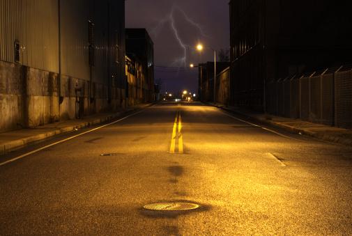 Lightning「Empty City Street at Night with Lighting Strike」:スマホ壁紙(18)