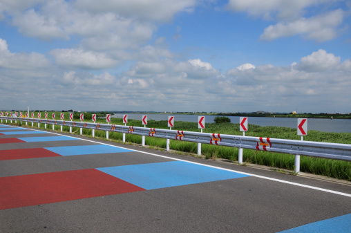 Katori City「Curved Road Signs」:スマホ壁紙(15)