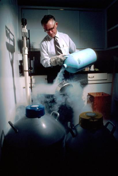 Sperm For Sale, Genius Sperm Bank founder Dr Robert Graham:ニュース(壁紙.com)