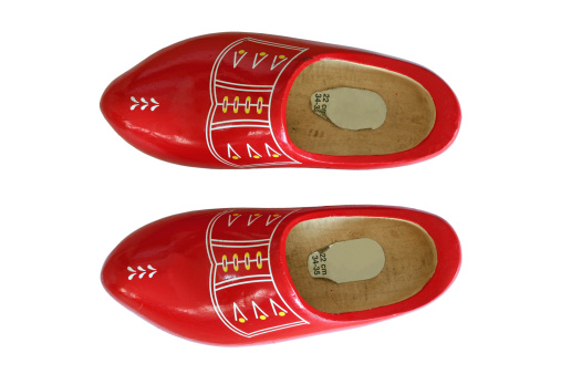 Souvenir「Tradional red Dutch wooden shoes, topview isolated on white」:スマホ壁紙(5)