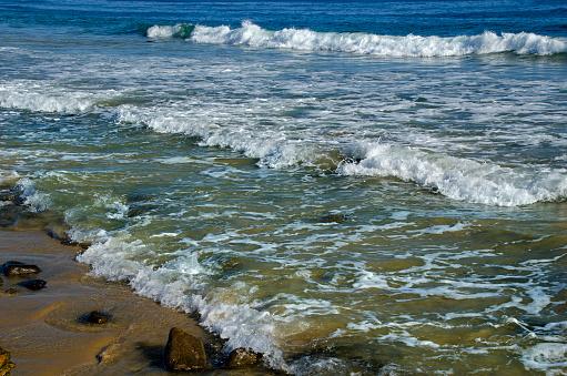波「Crystal Cove Coastline」:スマホ壁紙(11)