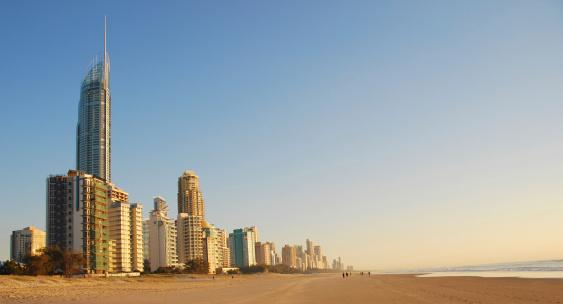 Chalet「The coastline at Surfers Paradise, Queensland, Australia」:スマホ壁紙(7)