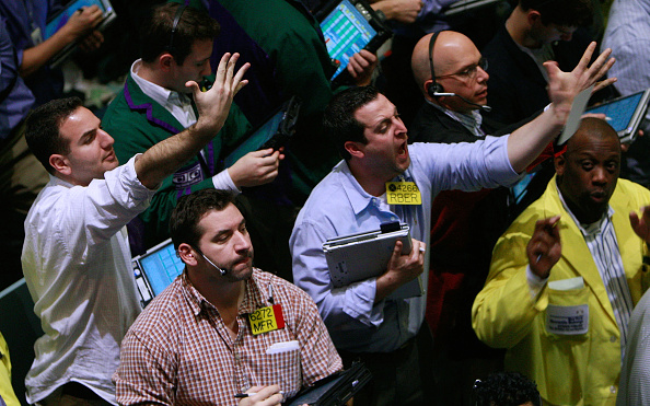 Finance「Oil Trades At Three Year Low On New York Mercantile Exchange」:写真・画像(9)[壁紙.com]