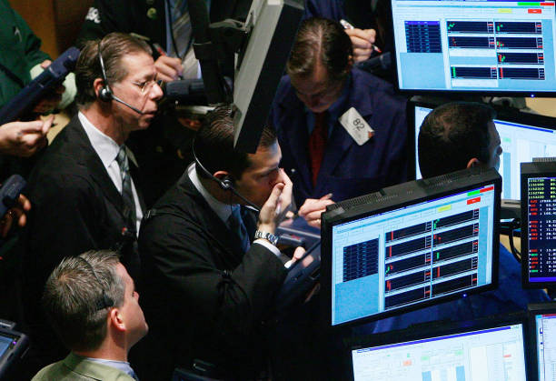 Markets Open After Dropping Below 8,000 In Previous Session:ニュース(壁紙.com)