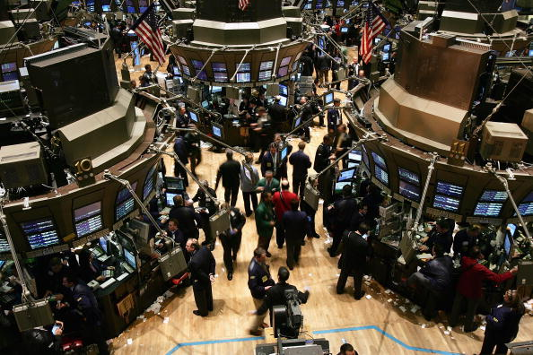 Dow Jones Industrial Average「Dow Up Slightly In Late Afternoon Trading」:写真・画像(16)[壁紙.com]