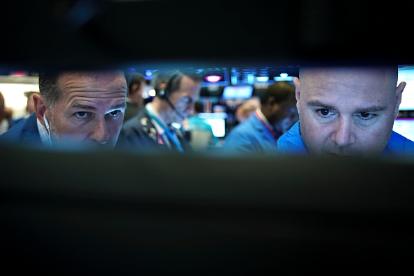 Drew Angerer「Markets Open Monday Morning As Fears Of Trade Wars Continue」:写真・画像(16)[壁紙.com]
