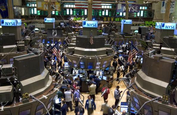 Dow Jones Industrial Average「Dow Falls On Rate Cut Doubts」:写真・画像(16)[壁紙.com]
