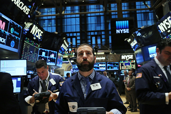 Trader「Markets Open Monday After Dow's Major Surge The Previous Week」:写真・画像(18)[壁紙.com]