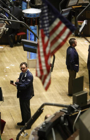 Dow Jones Industrial Average「Dow Jones Industrial Average Closes After Downward Plunging Week」:写真・画像(3)[壁紙.com]