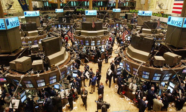 High Angle View「Dow Passes 11,000 Mark for First Time Since 2001」:写真・画像(12)[壁紙.com]